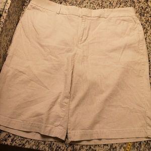 Dockers Metro Bermuda Shorts Size 14 Ideal Fit